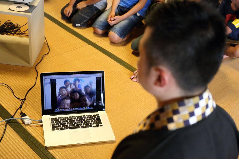 カンボジアの子どもたちとSkypeを繋ぐ