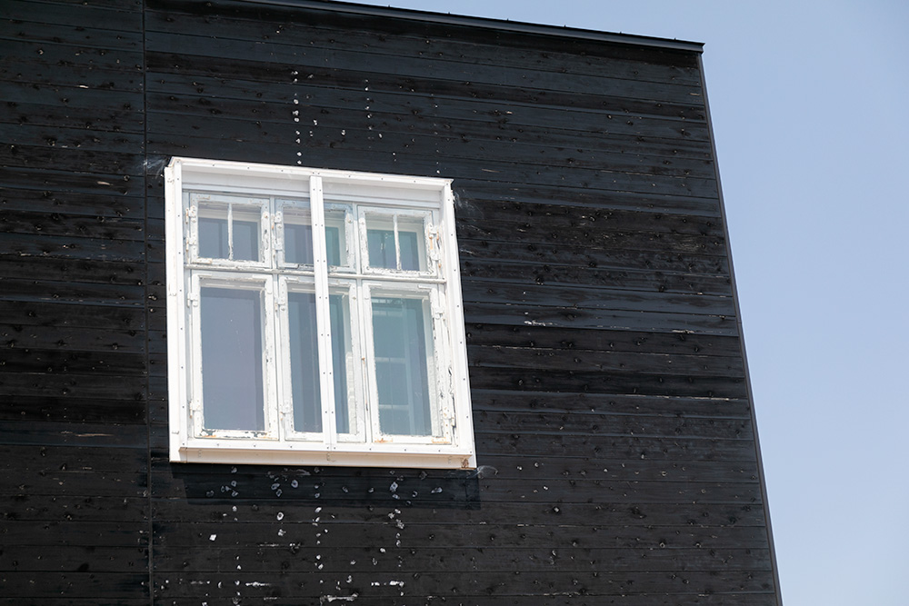 ハミングジョーの窓